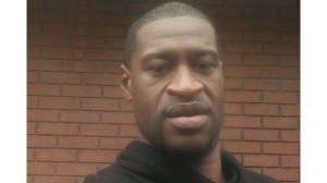 Бившият полицай Дерек Човен беше осъден на 22,5 години затвор за убийството на Джордж Флойд