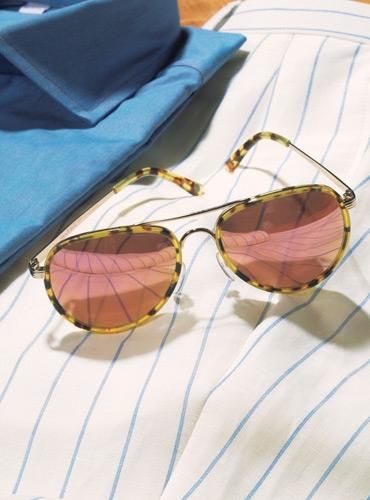 Tortoise Aviator Sunglasses with Mirrored Rose Gold Lenses