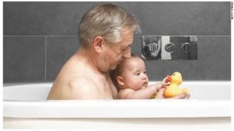 A mayor edad del padre, más riesgo de que los hijos nazcan con alguna enfemedad mental