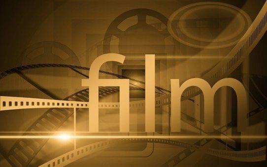 Proyección de los cortos finalistas del II FICIJ Cachinus de Cine de Cilleros