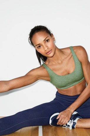jcrew-new-balance-2017-spring-activewear-collection-61