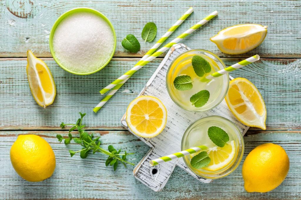 ingredients to make lemonade