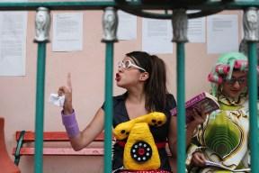 """Lectura dramatizada en el CADAC, """"Sábados al Azar"""". (Fernanda Villegas y Amparo Márquez) 2012."""