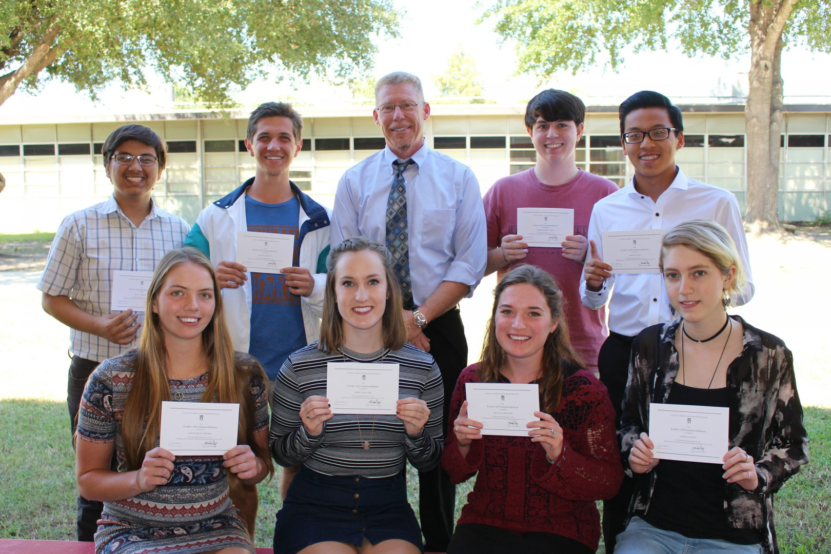 Eight National Commended Students