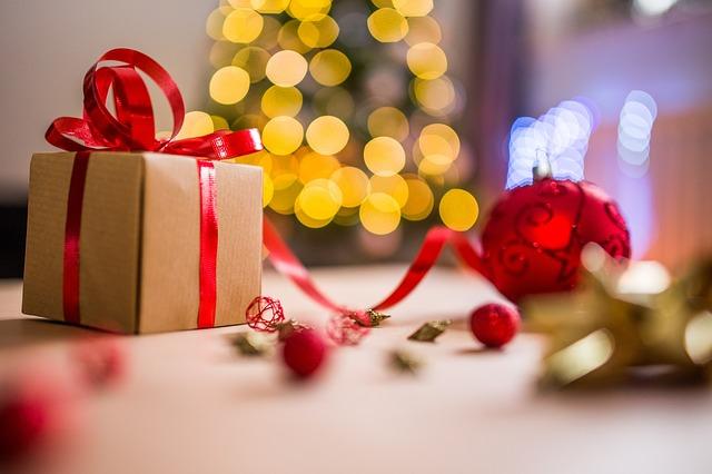 Een kerstpakket bestellen: drie redenen waarom u dit jaar online gaat