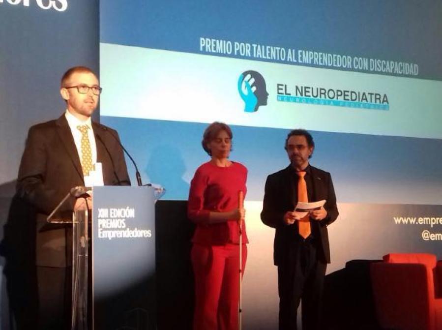 La empresa El Neuropediatra recibe el Premio Por Talento de la revista Emprendedores