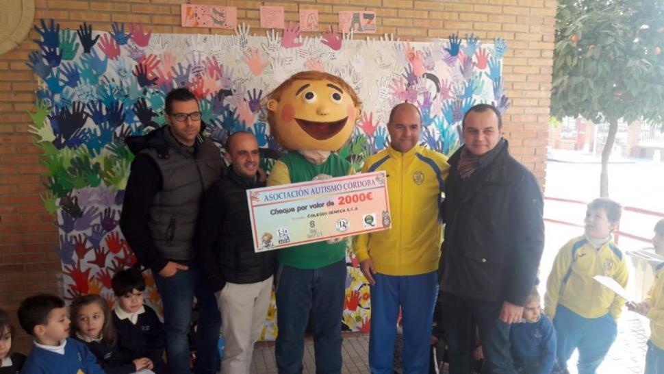 Calendario solidario del colegio Séneca a favor de Autismo Córdoba