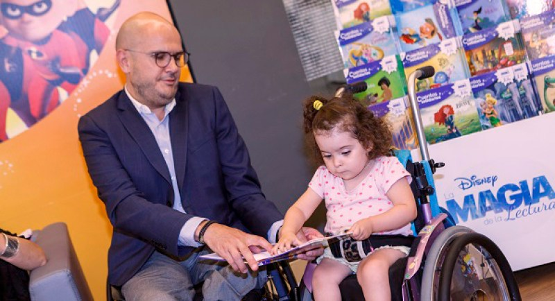 Nuevos cuentos solidarios a favor de la infancia con discapacidad en Carrefour