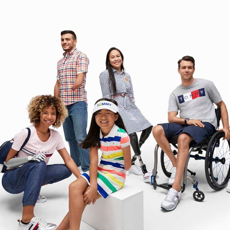 Tommy Hilfiger ha diseñado una colección para que las personas con discapacidad puedan vestirse con facilidad