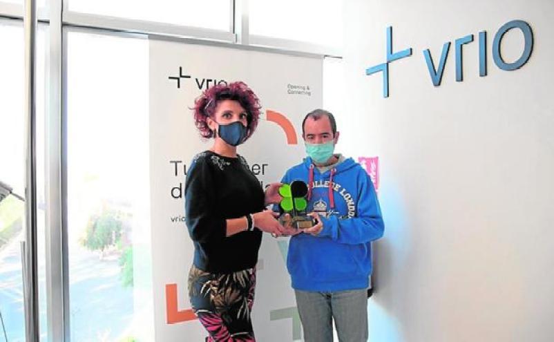 Vrio Premio Laurel por su proyecto vinícola con los usuarios del Centro Integral Reina Sofía