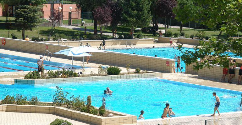 Las piscinas municipales de Sanse amplan su horario y