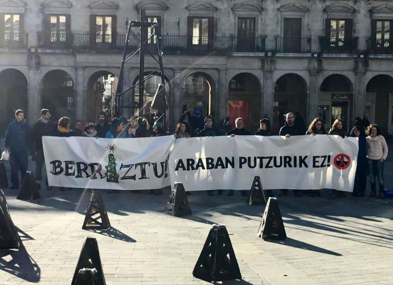 """""""Con el pozo de gas en Subijana, el Gobierno vasco nos quiere gastar una broma de 27 millones"""""""