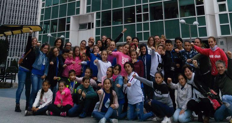 Los chicos y chicas del colegio premiado, en Madrid
