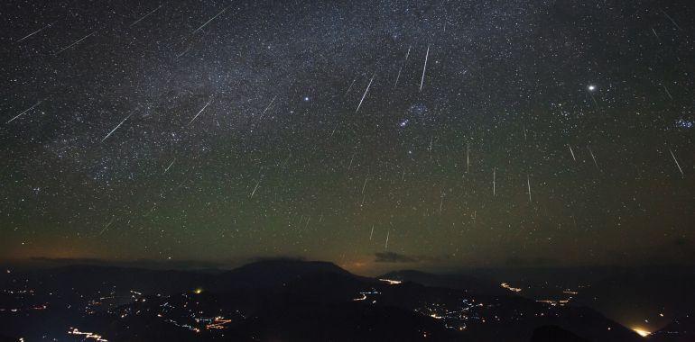 Resultado de imagen de bolidos en el cielo