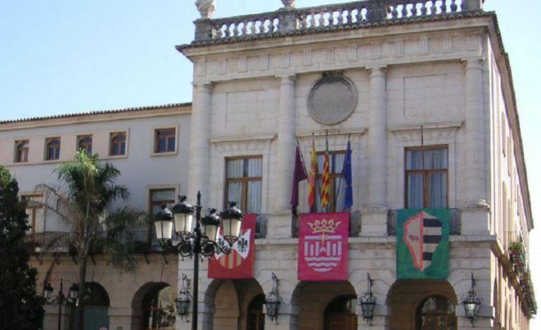 Fachada del Ayuntamiento de Gandía.