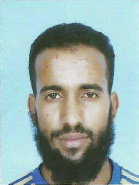 Mohamed Dadi, activista y fotógrafo saharaui en paradero desconocido desde el lunes, cuando desapareció de la manifestación frente al Tribunal Penal de Salé.