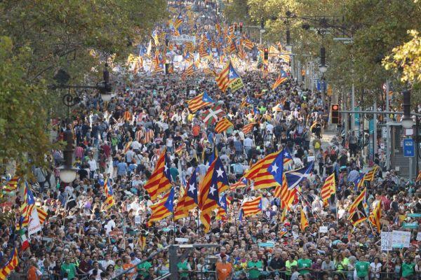 La manifestación de Barcelona, en imágenes | Fotogalería | Política | Cadena SER