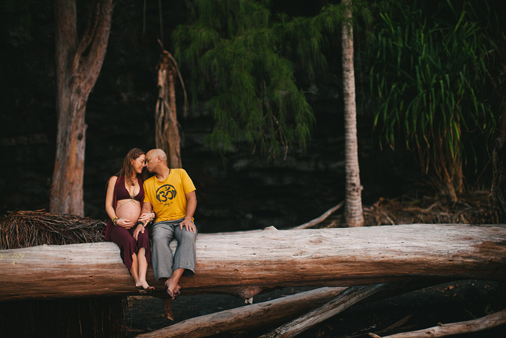 jinju's maternity photography session in hawaii