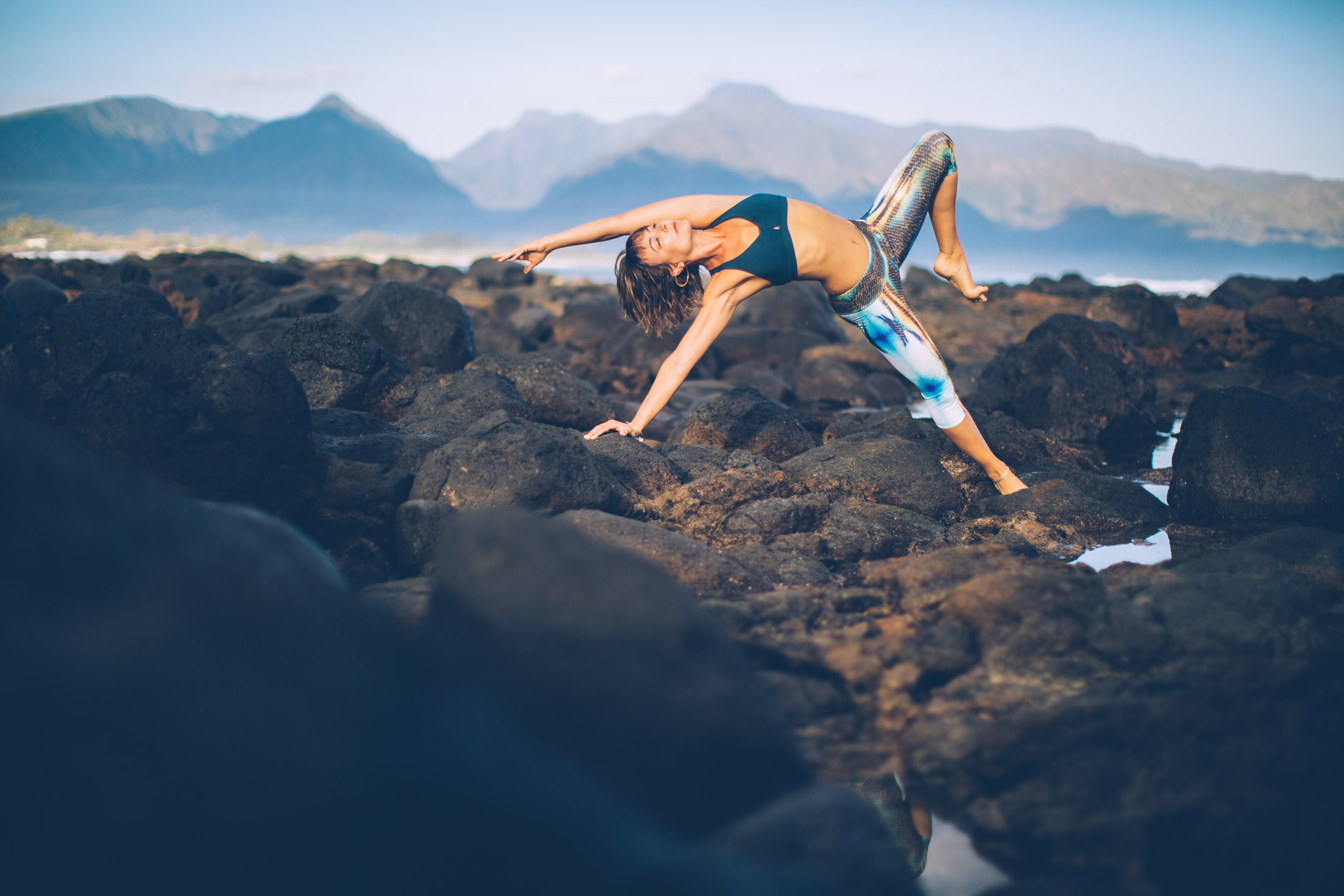 yoga photographer captures shakti sunfire on Maui