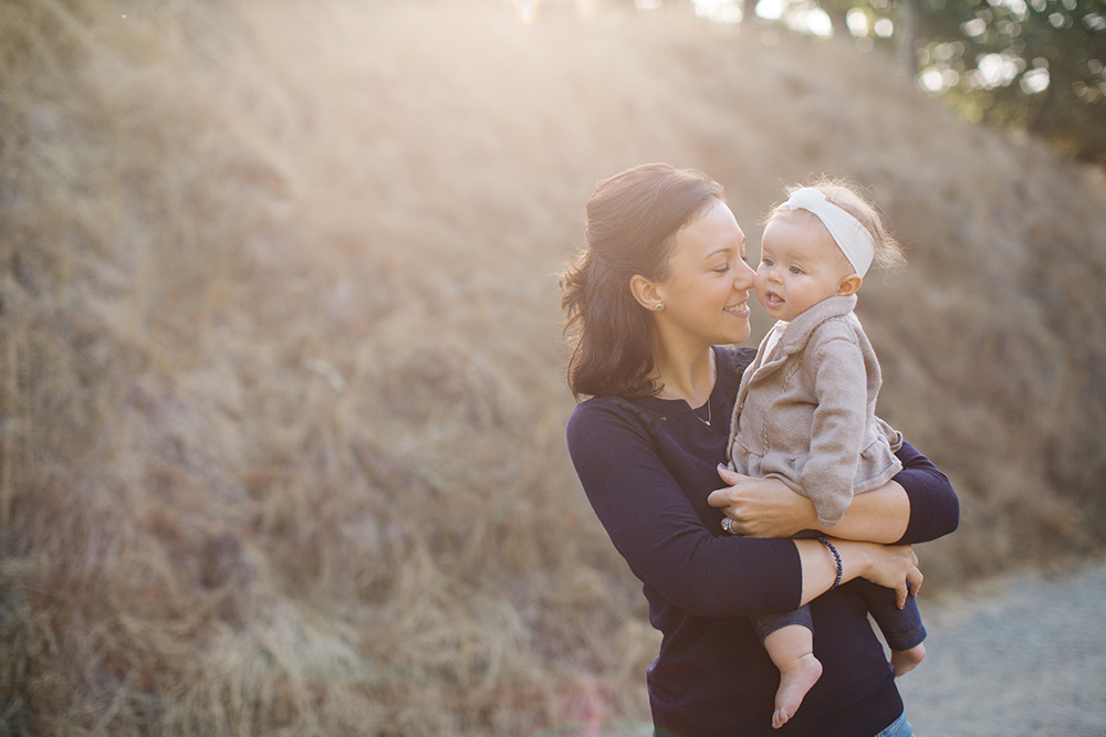 cadencia photography travels off Maui to marin for family portraits.