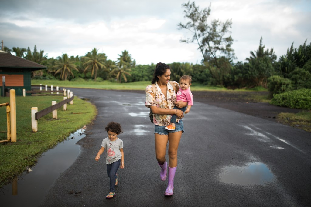keanae peninsula mama Kamalani shares on tropical moms, a series on Maui motherhood with interviews and family photography.