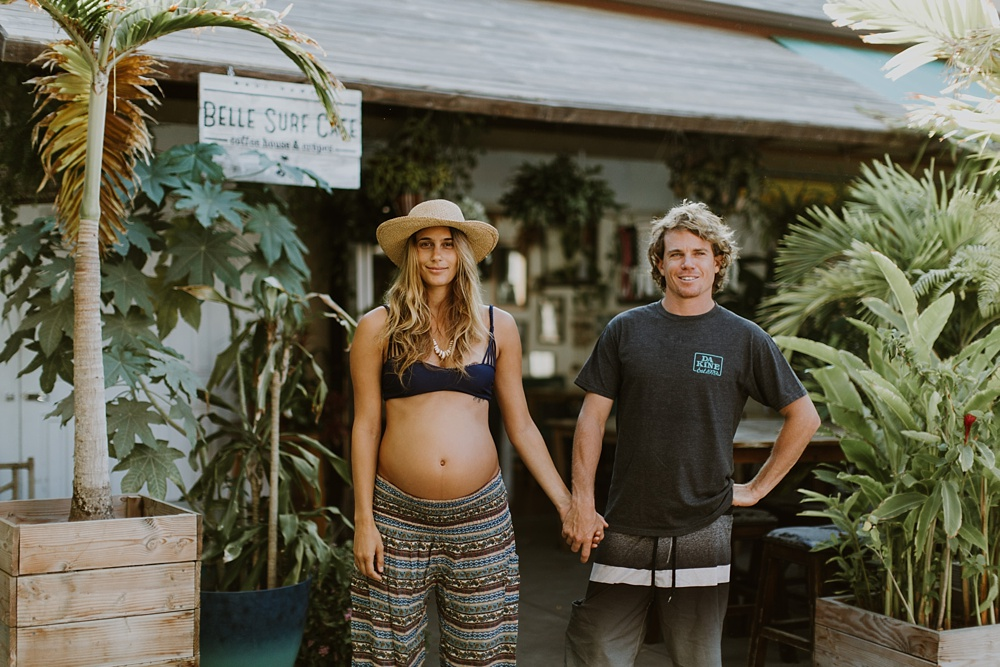 bella surf cafe in kihei, maui after a maternity photo session.