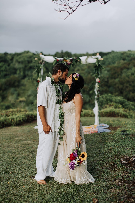 maui wedding photographer in haiku, hawaii