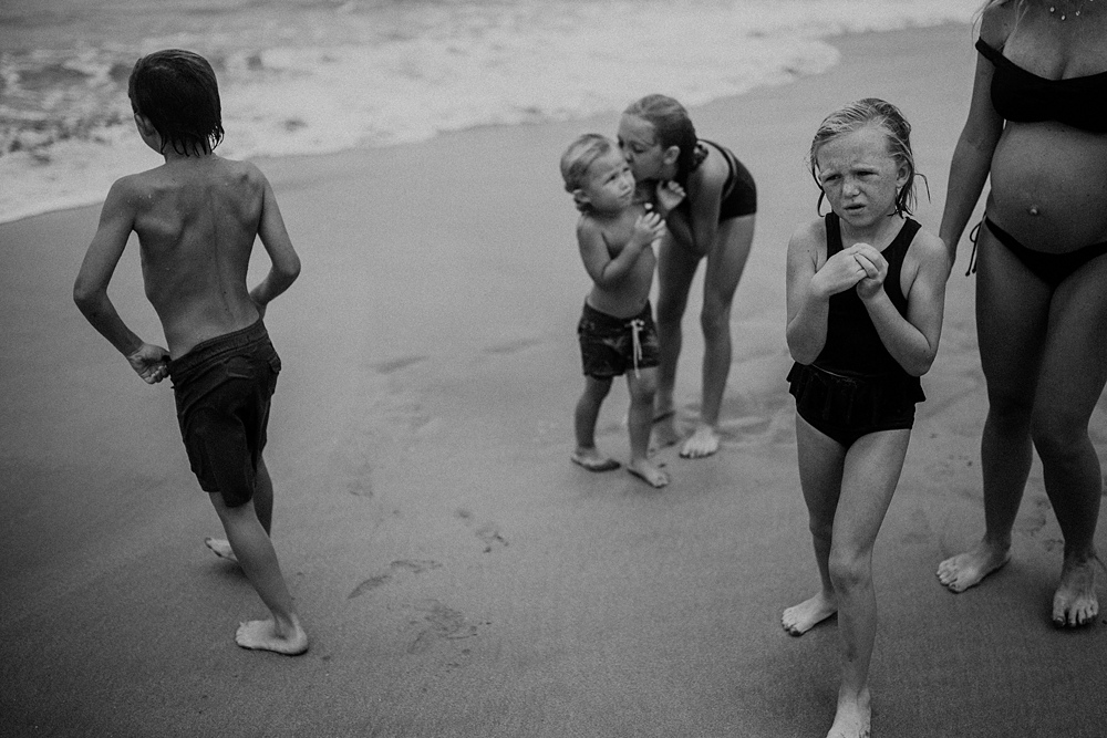 maui family at the beach