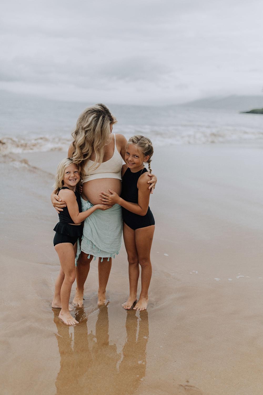 maternity photos in hawaii