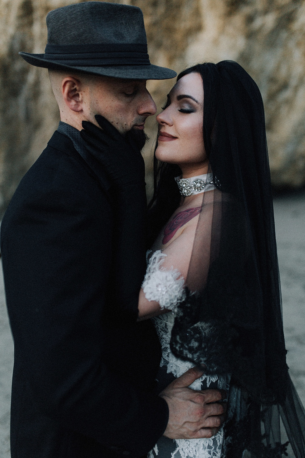 beautiful beach elopement in malibu
