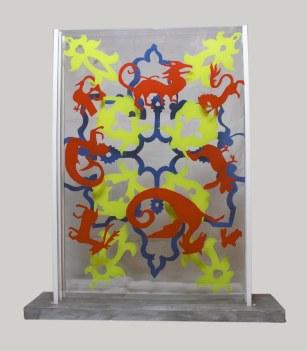 Arraiolos 8 vidro acrílico e azul de Cascais 43 x 50 x 10 cm 2012