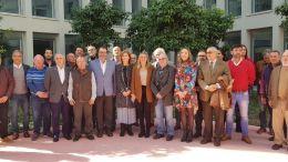 Marifrán Carazo con los representantes de las asociaciones de afectados por viviendas irregulares
