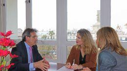 De izquierda a derecha, Rafael Campos, Ana Mestre e Isabel Paredes