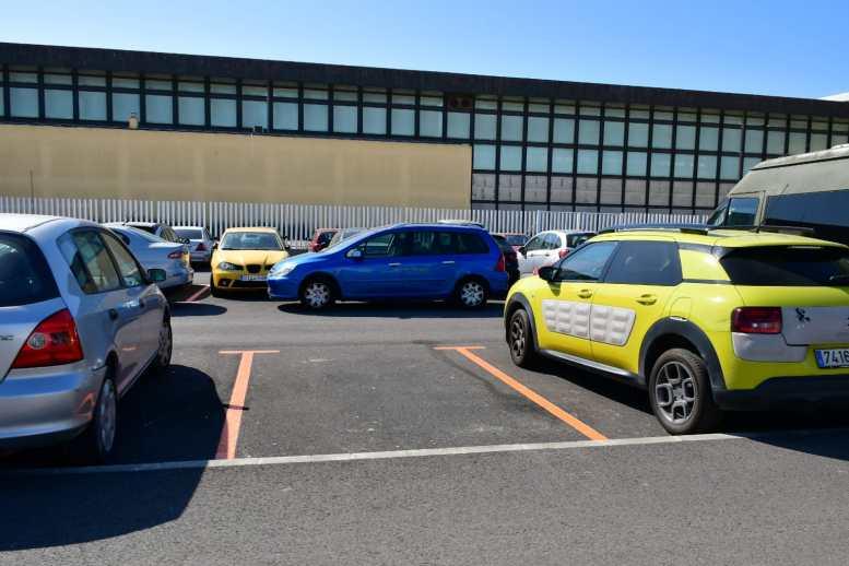 Zona naranja en la bolsa de aparcamiento de Astilleros