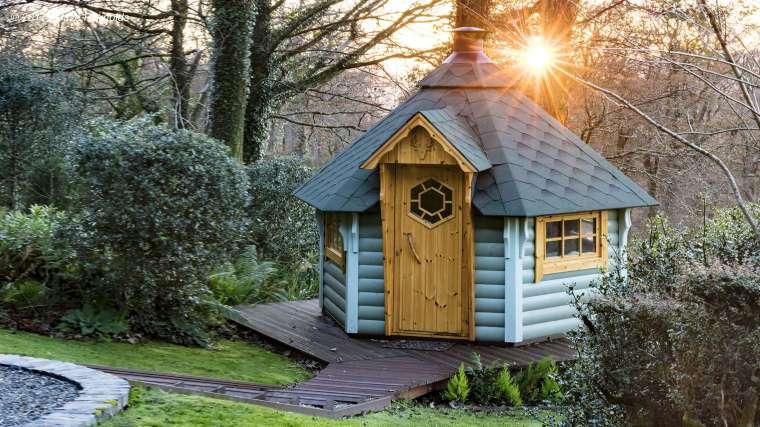 Garden Lodge in October