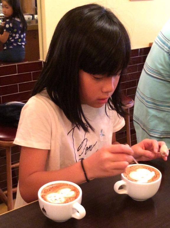 CAFE CUPOLA mejiro 5_慎重に、慎重に…