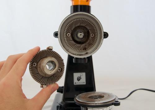 ボンマック コーヒーミル 刃の清掃
