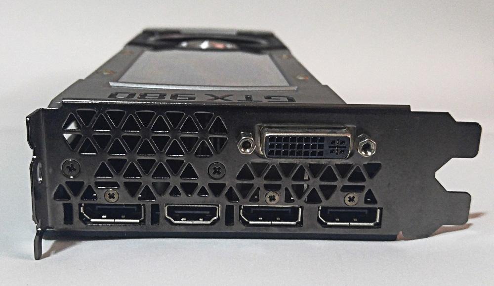 GTX 980 conectores