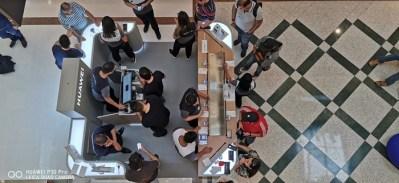 Huawei inaugura quiosques próprios em São Paulo
