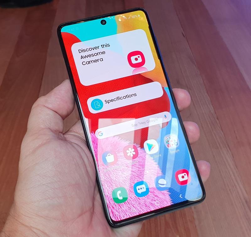 Galaxy A71 tela super AMOLED