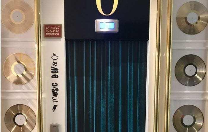 Barceló Imagine presenta el primer ascensor rockero