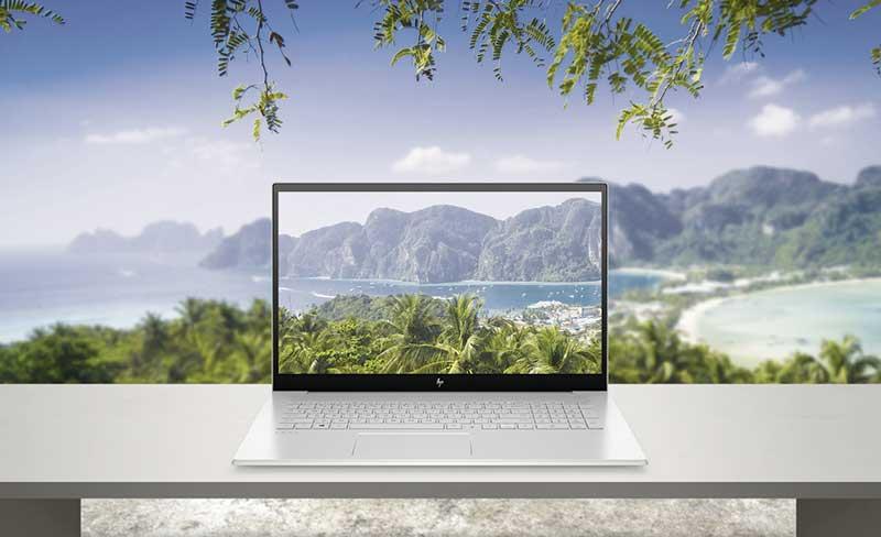 HP ENVY 17 NaturalSilver nonODD FPR HDcam ScrnSS Hero Photocomp - Nuevos portátiles HP más creativos: el ecosistema Create