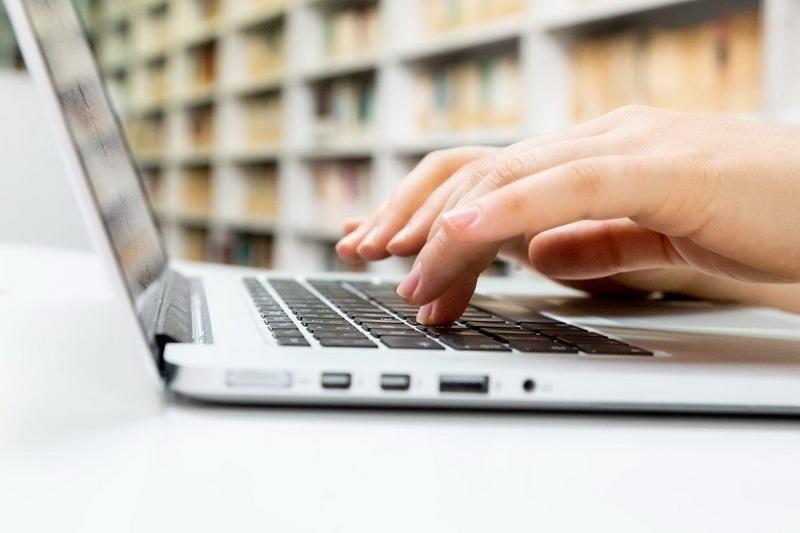Imagen 1 - La importancia de limpiar bien el móvil y el ordenador en tiempos del coronavirus