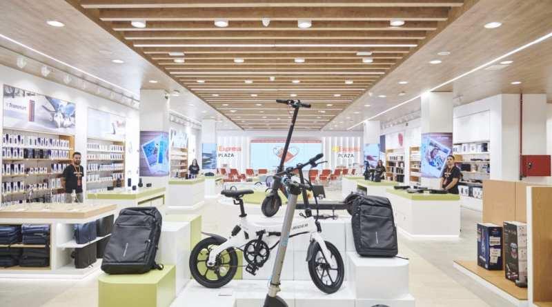 TIENDA ALIEXPRESS PLAZA 1 - Así es la primera tienda física que AliExpress abre en Madrid