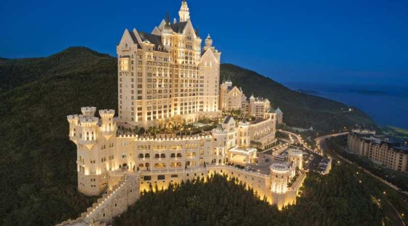 The Castle Hotel2C a Luxury Collection Hotel2C Dalian 1 - Siete castillos espectaculares en los que puedes alojarte y sentirte como un rey