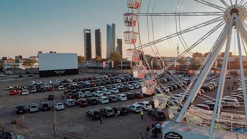 noria autocine race - La primera electrolinera en un autocine del mundo está en Madrid: Autocine Madrid RACE