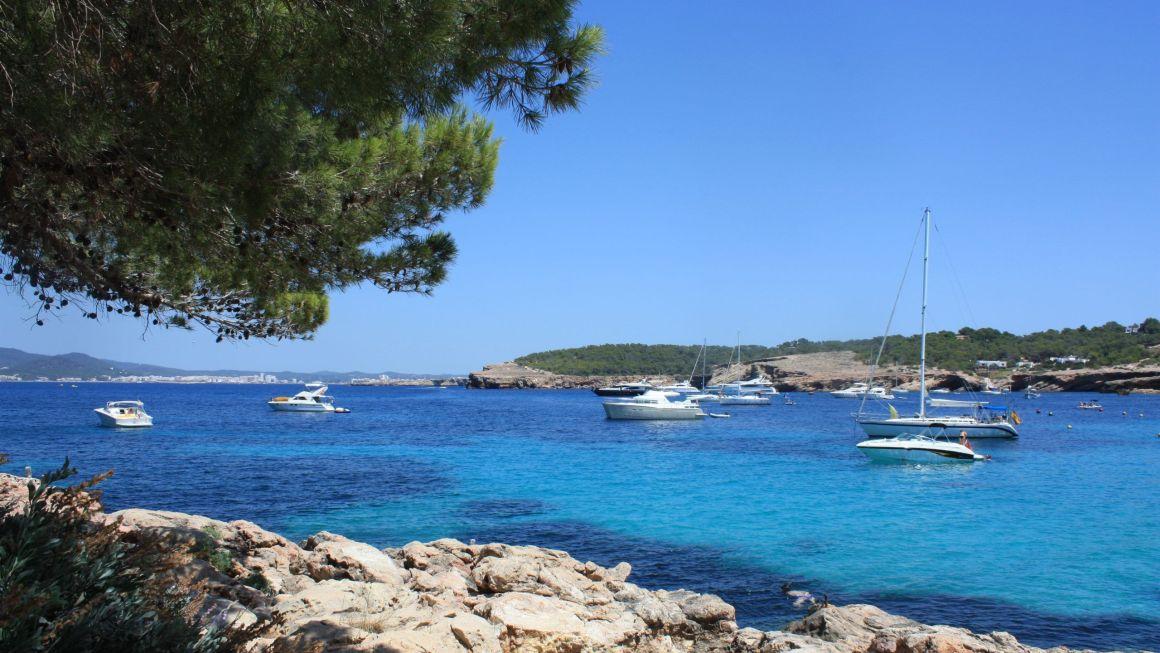5 calas de Ibiza que no te puedes perder