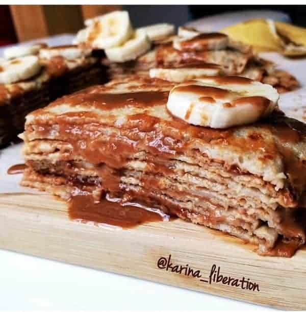 HEALTHY BANANA, PEANUT BUTTER & HONEY CREPE CAKE