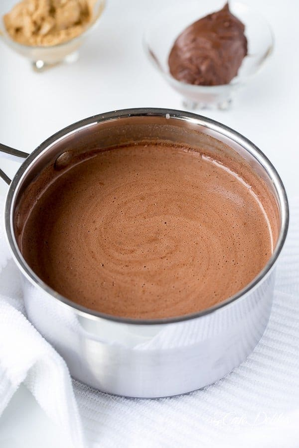 peanut butter hot chocolate-Cafe Delites