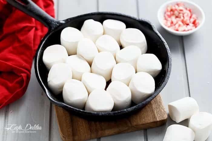 Candy Cane Christmas S'mores Dip | http://cafedleites.com